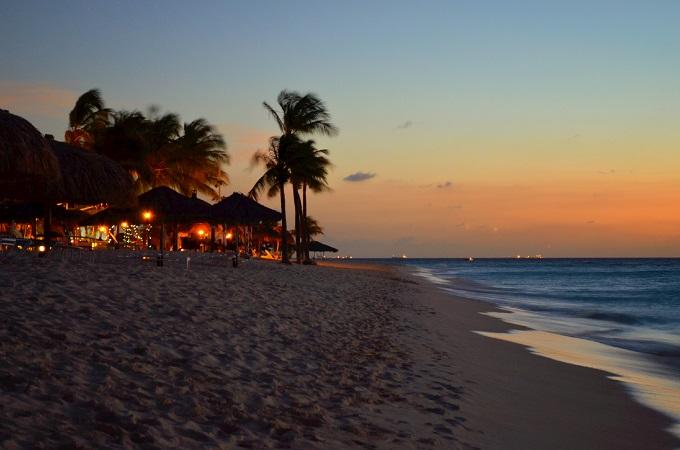 ARUBA - One Happy Island!
