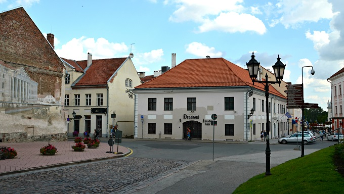 Tallinn and Tartu in Es...